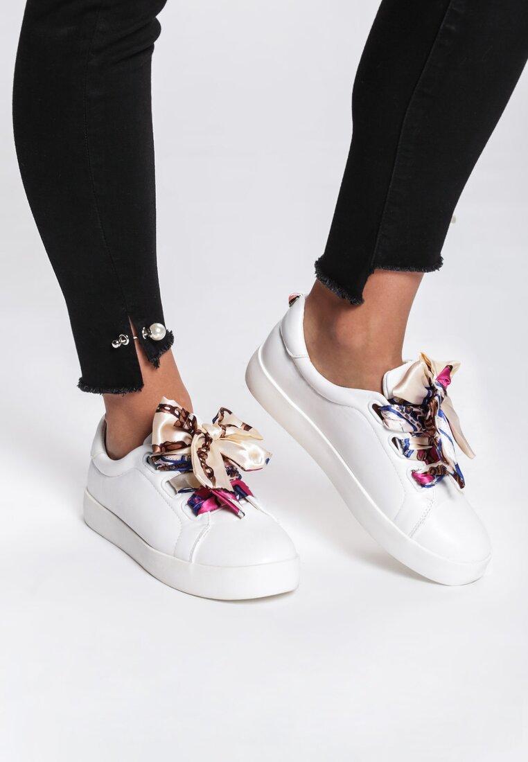 Białe Buty Sportowe Save Me