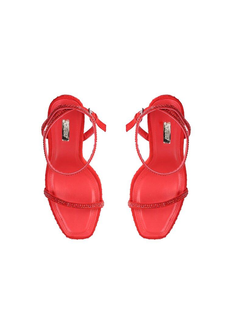 Czerwone Sandały Famous