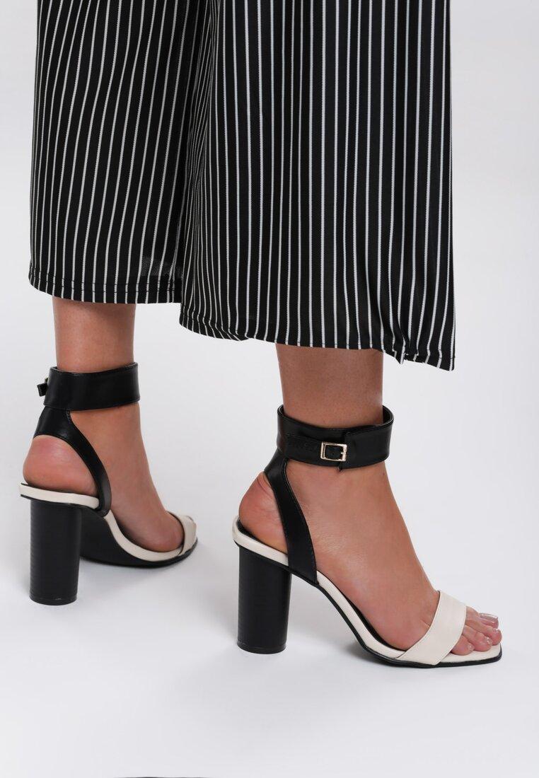 Czarno-Beżowe Sandały Broken Glass