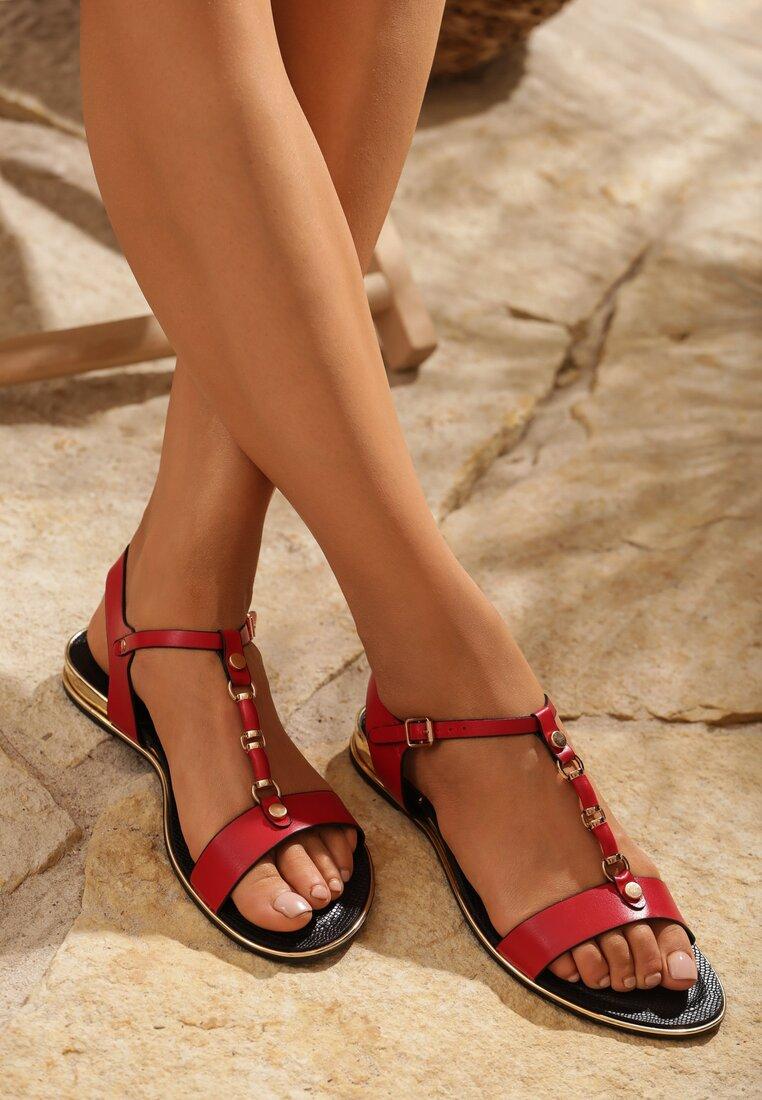Czerwone Sandały Big Decision