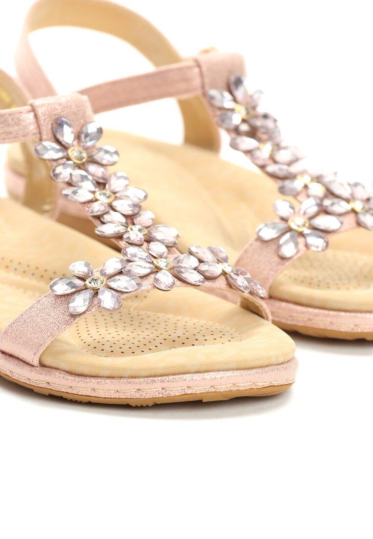 Różowe Sandały Queens Tears