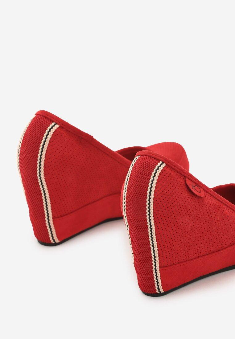 Czerwone Koturny Plethora