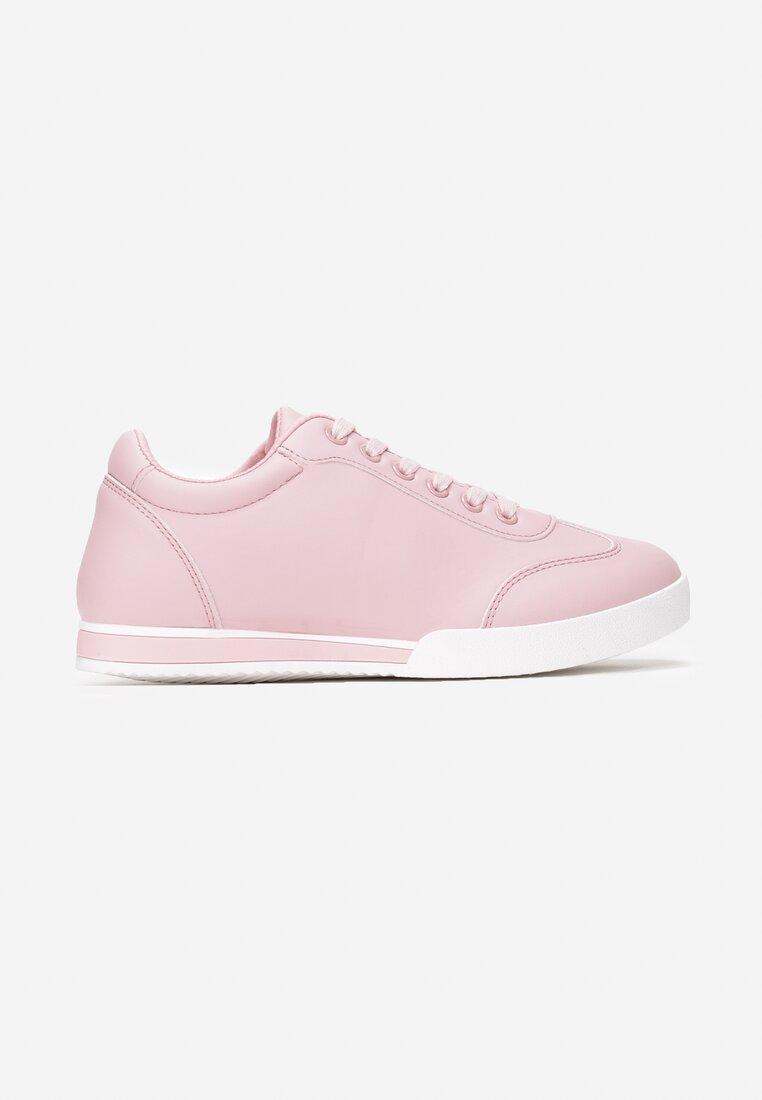 Różowe Buty Sportowe Seems to Change