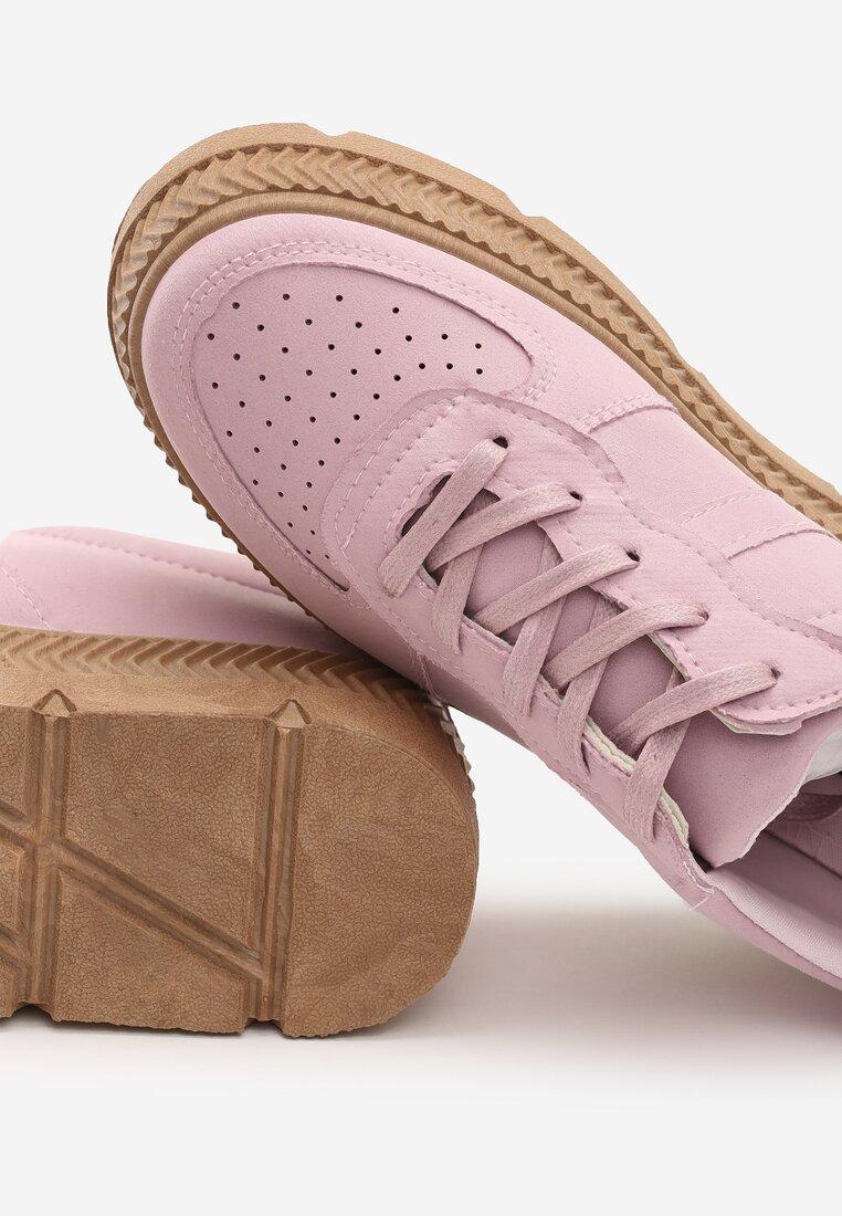 Różowe Buty Sportowe Riparian Rights