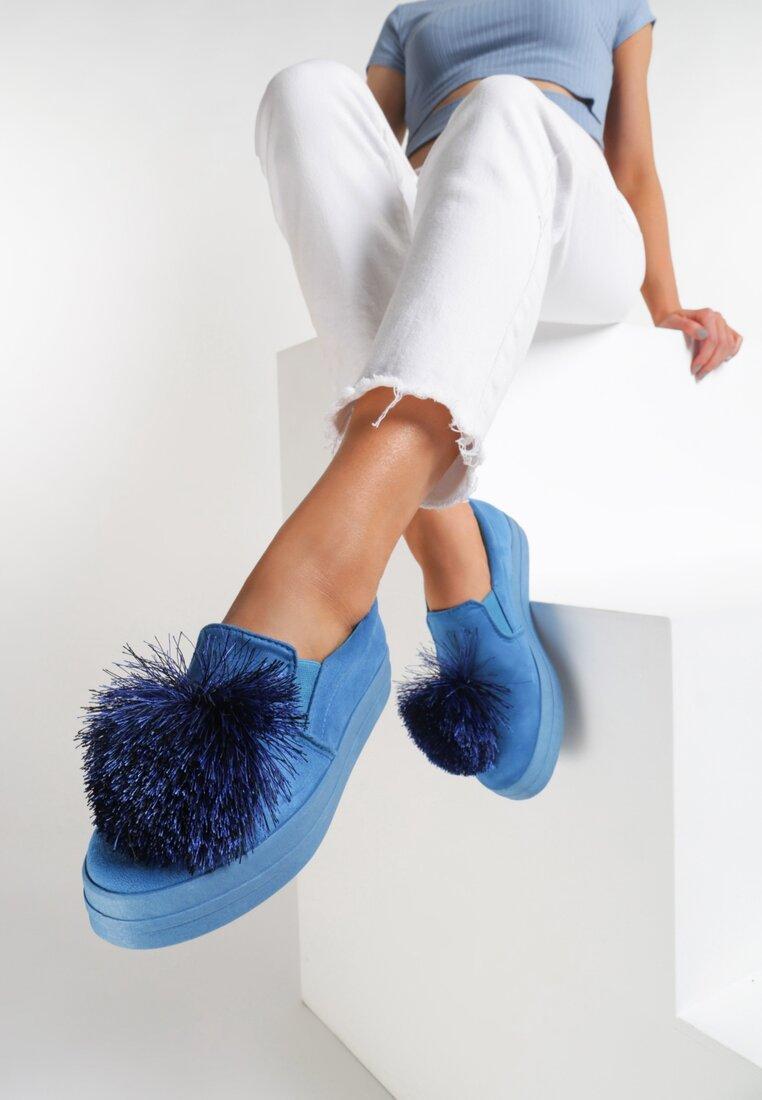 Niebieskie Slip On Tassel