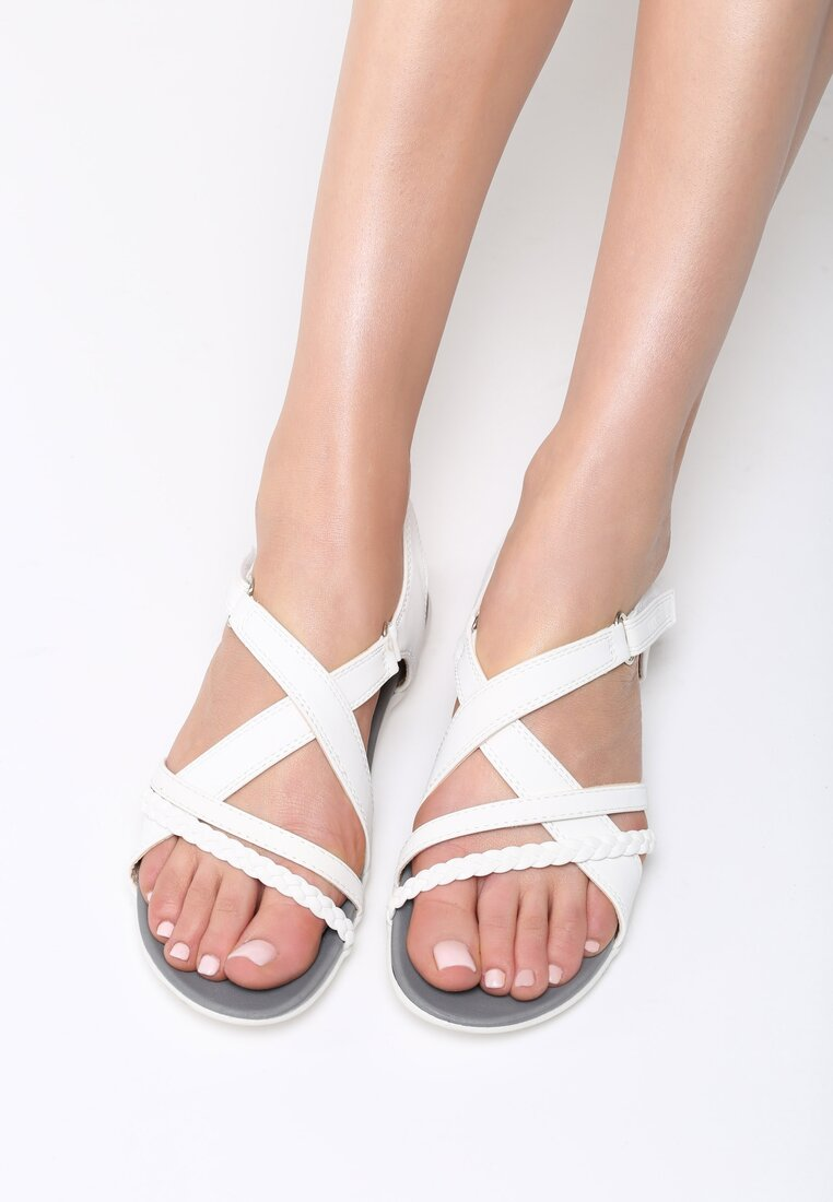 Białe Sandały Swallow