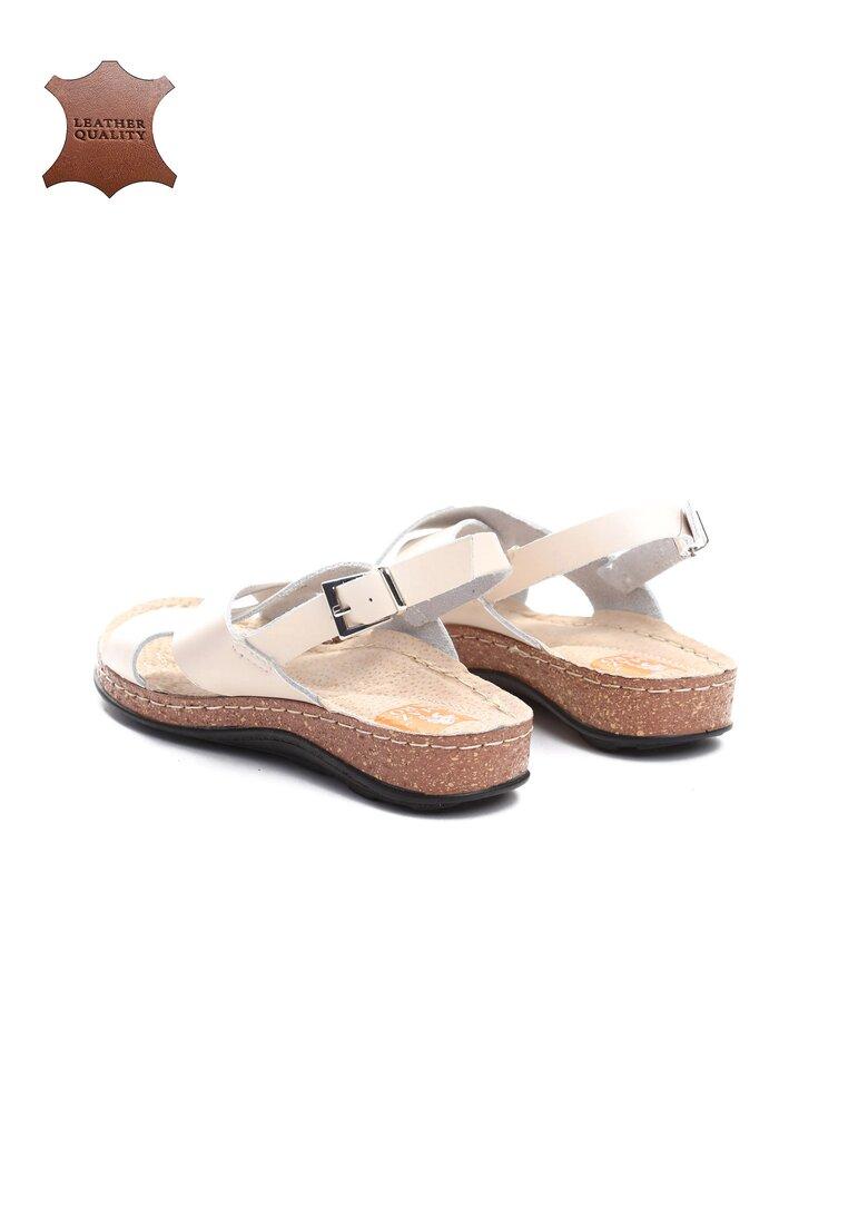 Beżowe Skórzane Sandały Bad Embrace
