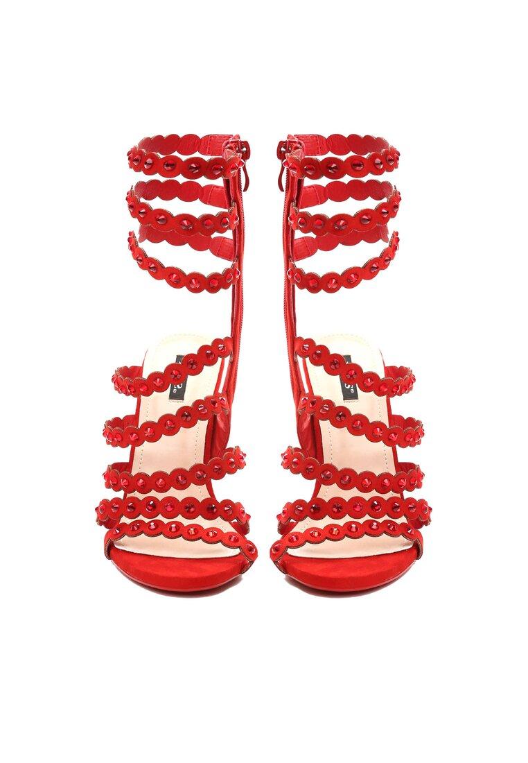 Czerwone Sandały Unpredictable