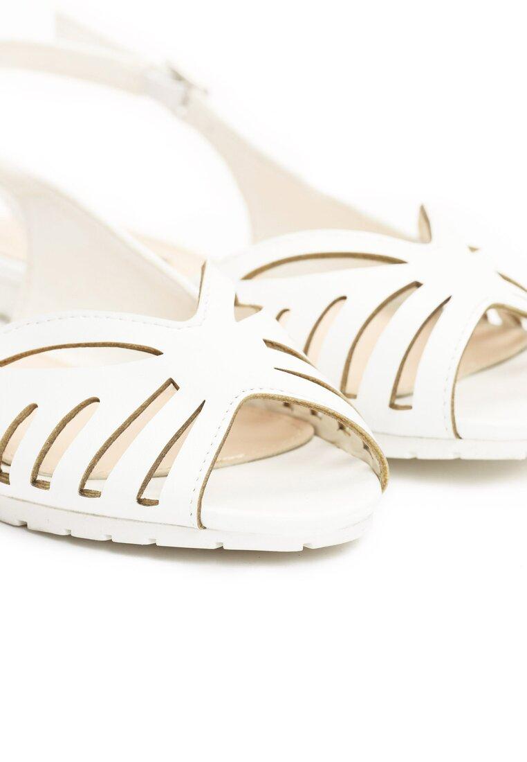 Białe Sandały Witty