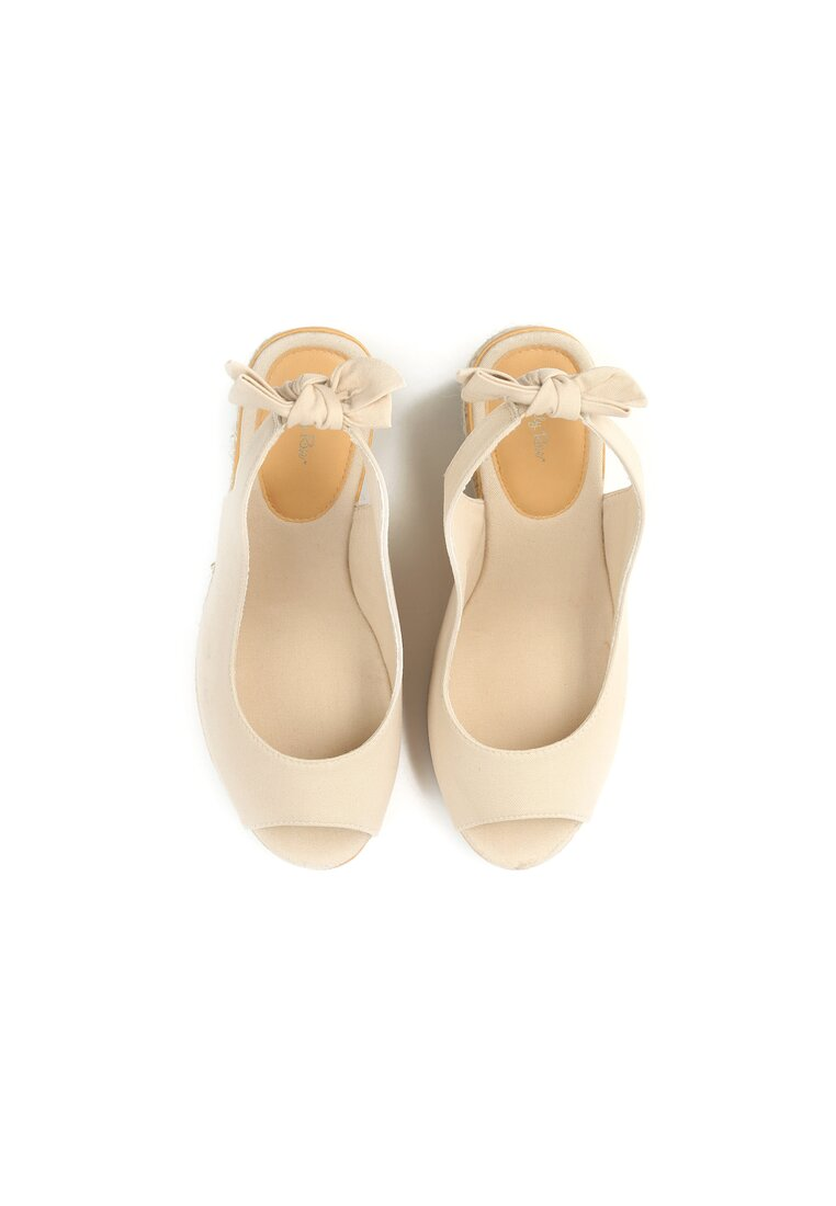 Beżowe Sandały Neverending