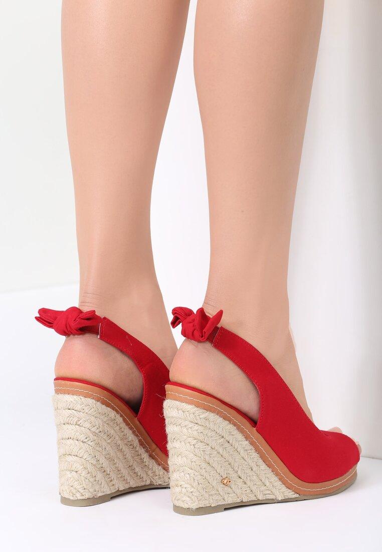 Czerwone Sandały Neverending