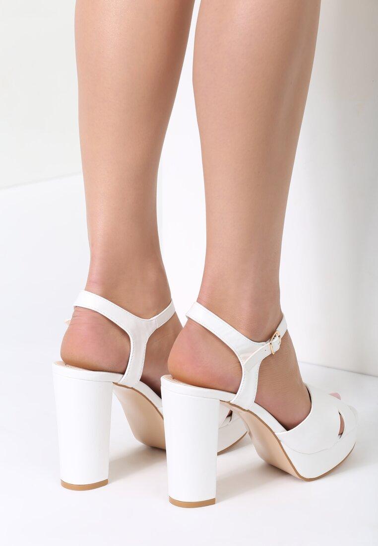 Białe Sandały We Were Young