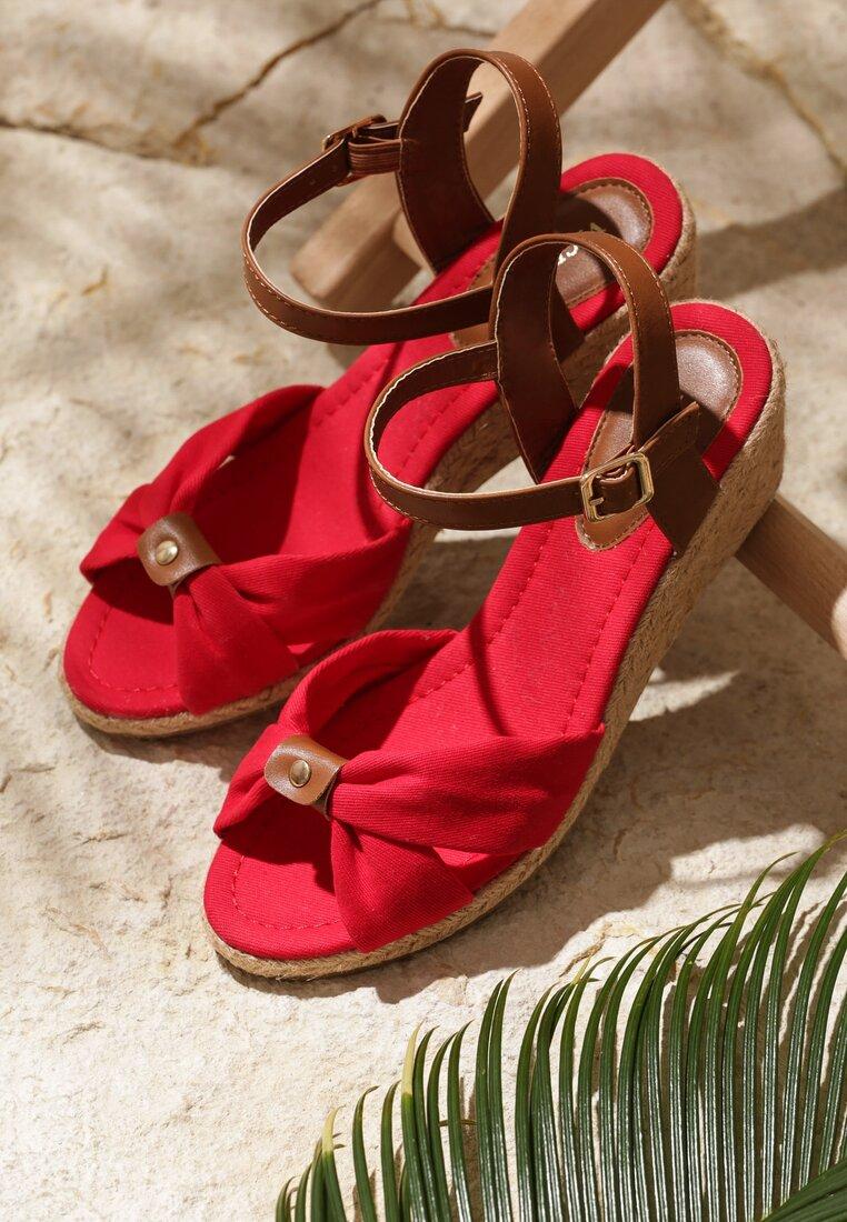 Czerwone Sandały She Is Crazy