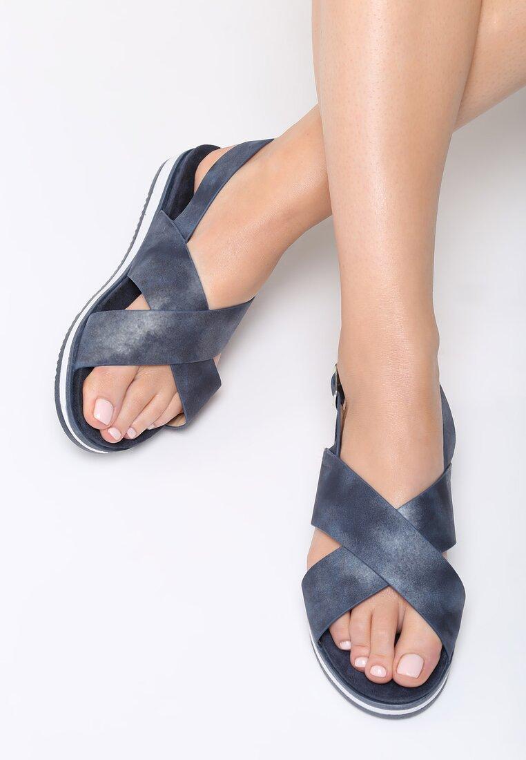 Granatowe Sandały Resourceful
