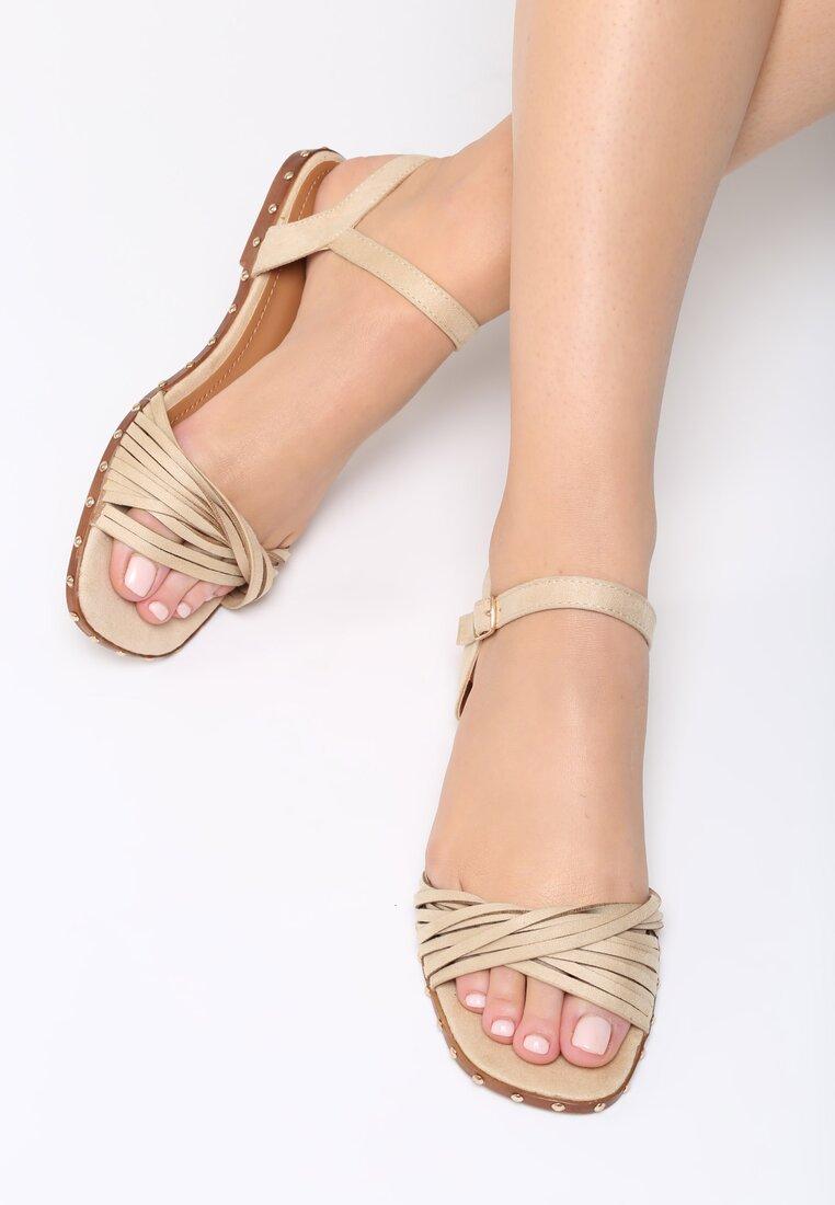 Beżowe Sandały White Lady