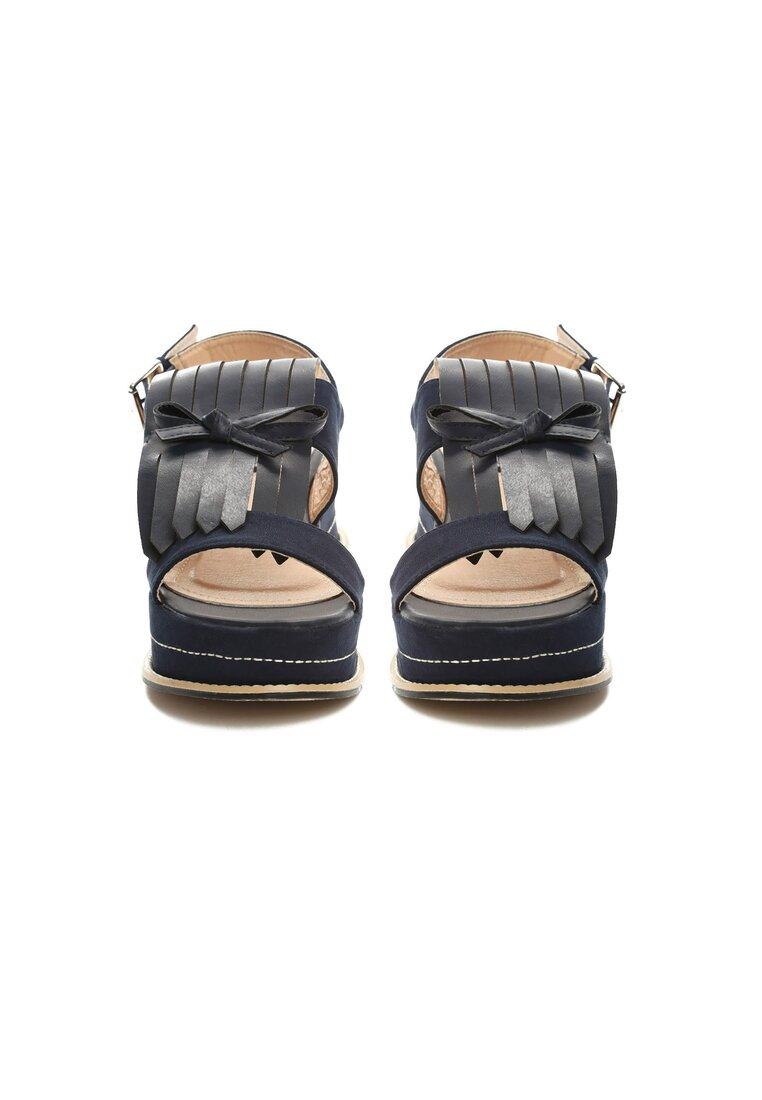 Czarne Sandały Outrageous