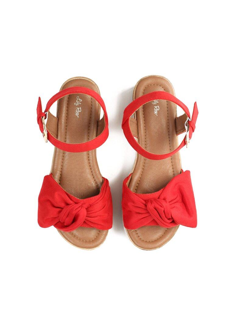 Czerwone Sandały Etherealize