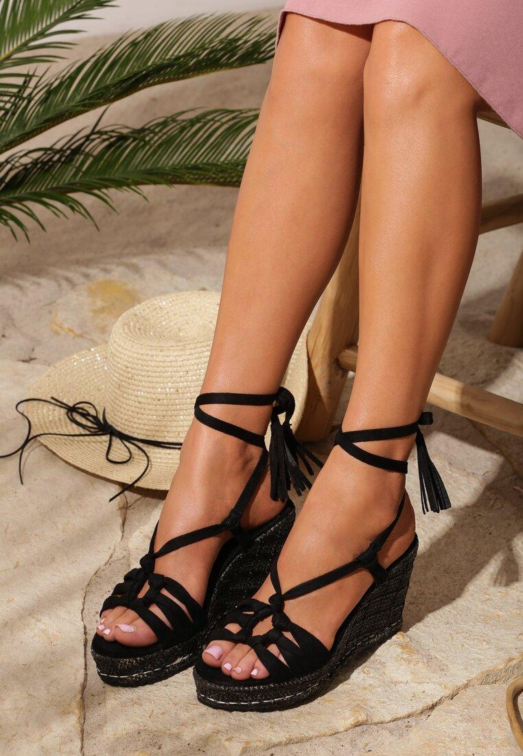 Czarne Sandały Tuscan