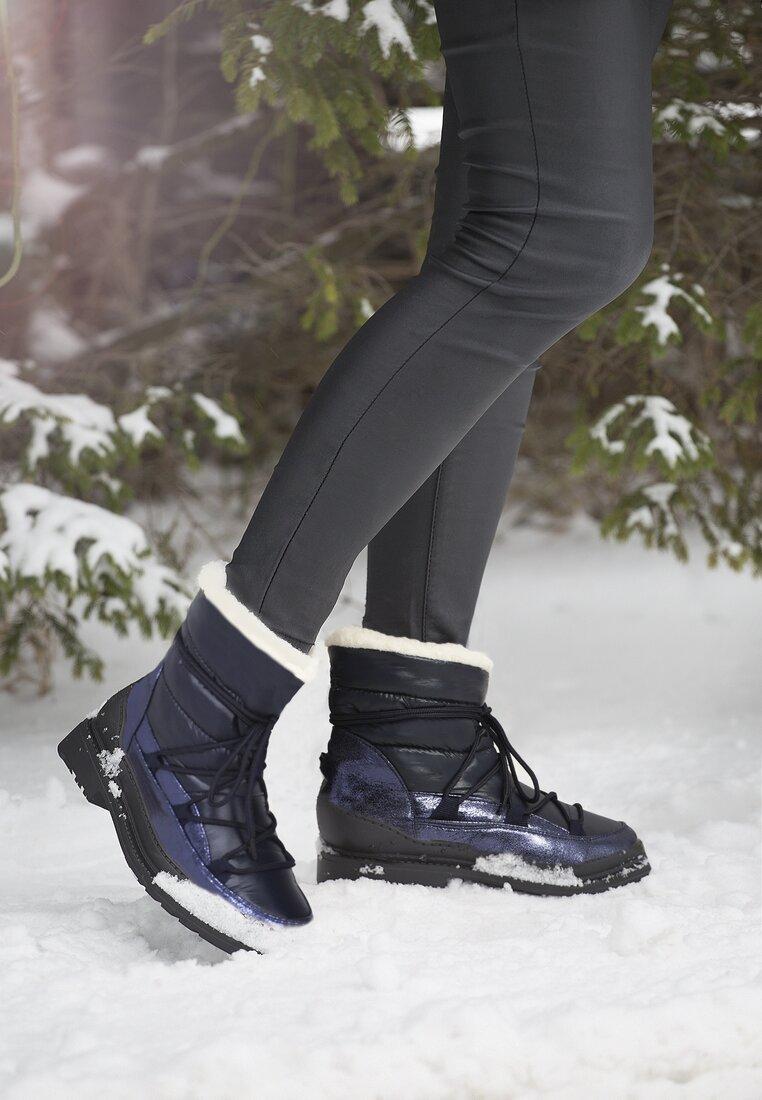 Granatowe Śniegowce No Need